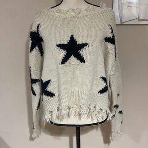 Gorgeous distressed ⭐️ sweater by Storia size S